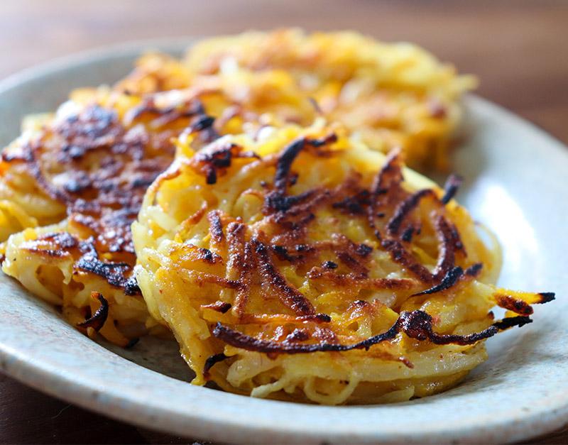 Rostis galette de légumes pour article de raclette végétarienne