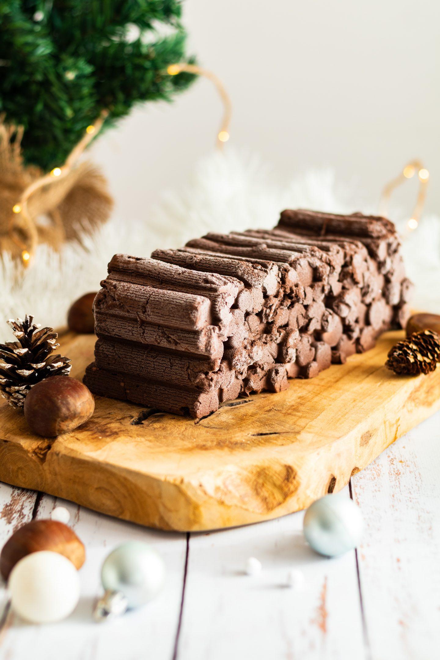 Image de la bûche marrons et chocolat montée